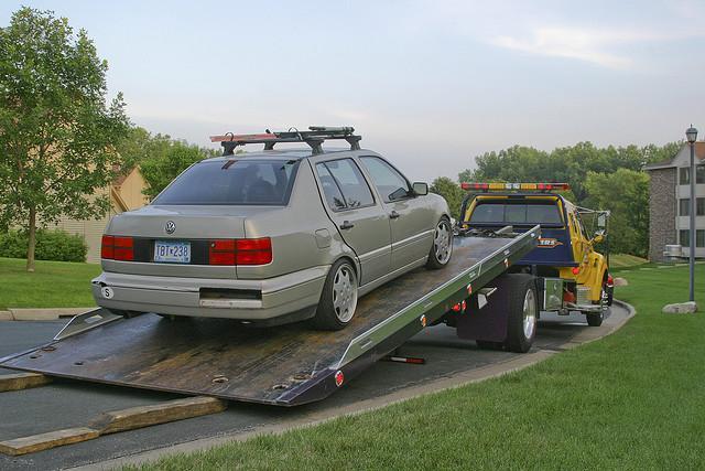 Wrecking Yards In Oregon : Junk car removal portland oregon